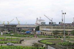 Combat naval à Douala