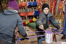 Les bénévoles préparent la station