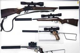 Armes illégales de braconniers présumés saisies à Remaufens
