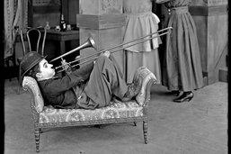 Chaplin donne le ton