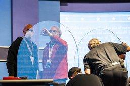 Débat vice-présidentiel: le plexiglas insuffisant contre le Covid
