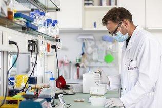 Molecular Partners: l'ensovibep contre la Covid-19 jugé sûr