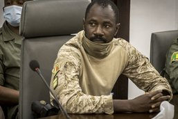 Les dirigeants ouest-africains suspendent le Mali de la Cédéao