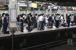 Un puissant séisme secoue la région de Tokyo: plus de 30 blessés